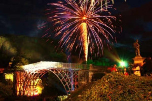 ironbridge 2.jpg - Ironbridge lights